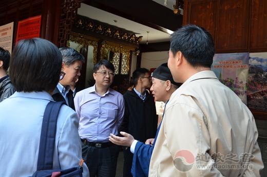 原国家宗教局一司司长王健至上海走访调研 ()