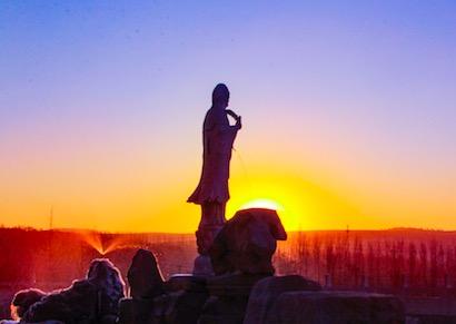 博山正觉寺观音菩萨成道日街访:感恩观音菩萨_佛教-菩萨-说什么-会对-观世音菩萨
