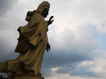 台湾灵鹫山观音菩萨成道日街访:虔诚礼拜忏悔_佛教-说什么-凤凰网-会对-台湾
