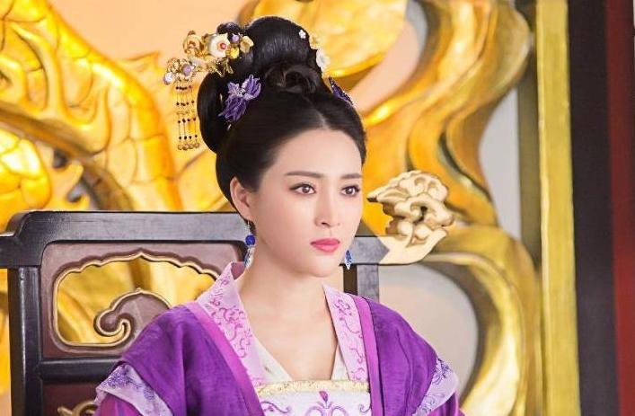 寇准身为宰相,为什么斗不过皇后刘娥,反被逐出京城?_真宗-宰相-皇后-反对-京城 ()