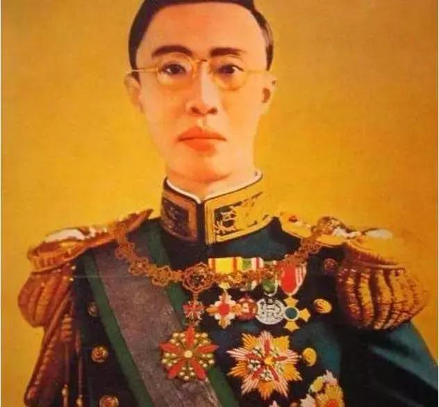 溥仪离开皇宫时唯一一件不愿离身的宝物,上交国家后成了镇馆之宝_宝物-这件-皇帝-溥仪-椭圆 ()