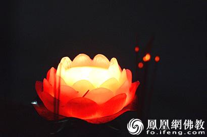 凤凰网佛教新年献辞:智慧为剑 迈步前行_佛教-中国佛教-无明-智慧-佛教界