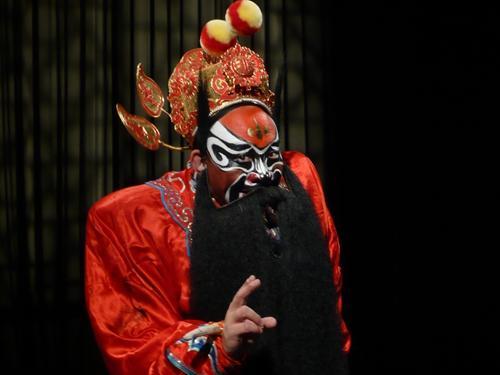 著名京剧演员担忧花脸行当传承:目前人才奇缺_花脸-京剧-演员-自己的-受访者