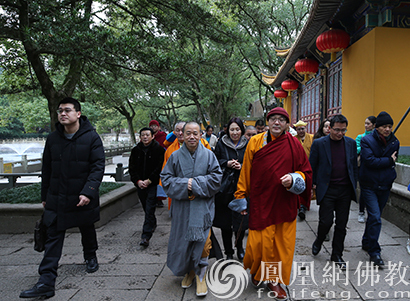 蒙古国赛音诺门寺住持纳尔贵赛布彦一行参访普陀山_佛教-住持-普陀山-纳尔-两国