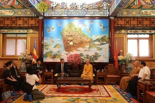 中国佛协协会演觉副会长会见日本阿含宗代表团_协会-友好-中国佛教-副会长-日本