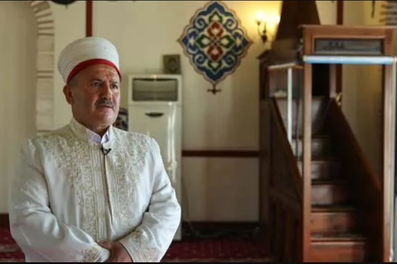 伊玛目和毒瘾青年_信仰之光--穆斯林-伊斯坦布尔-戒除